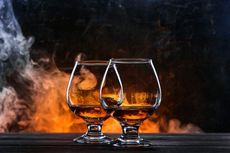 Pitje viskija brez vsega